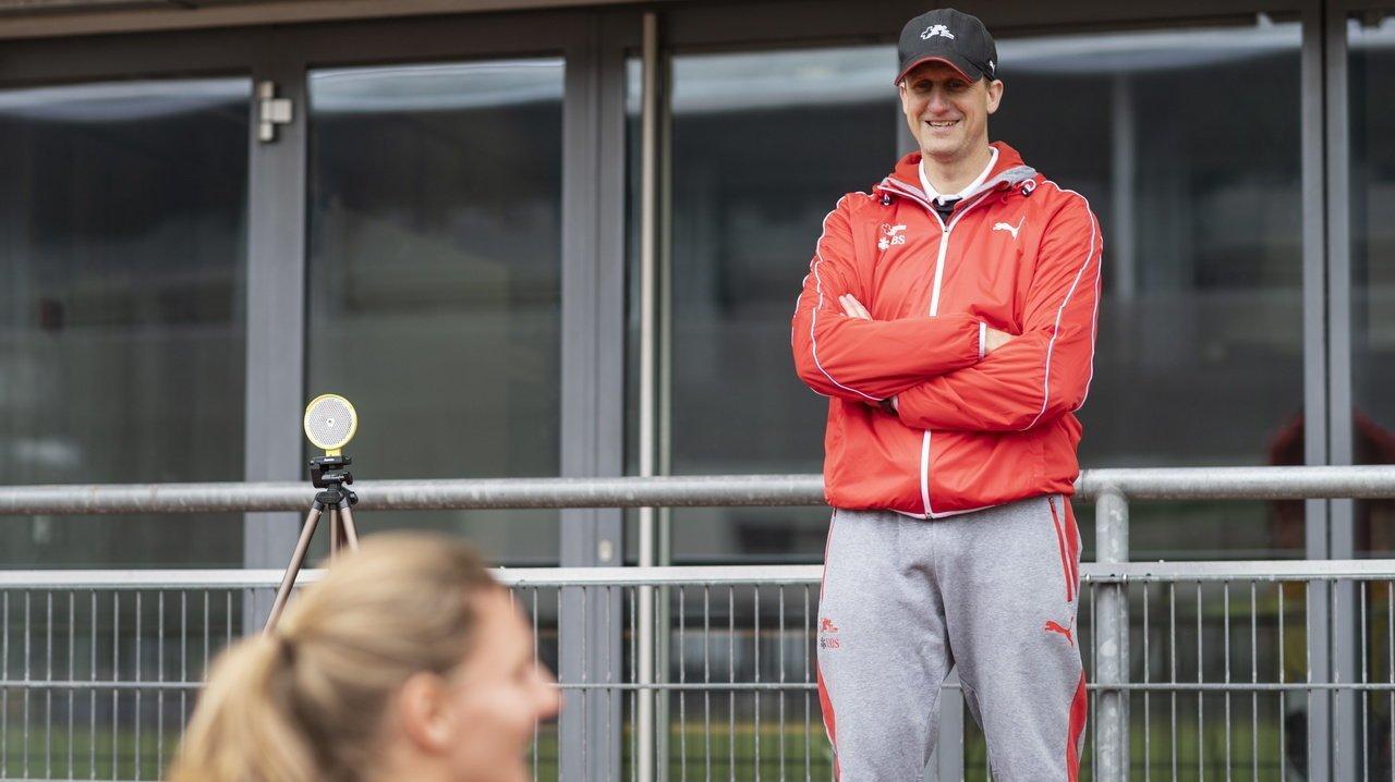 4 x 100 m féminin suisse: Raphaël Monachon passe le témoin
