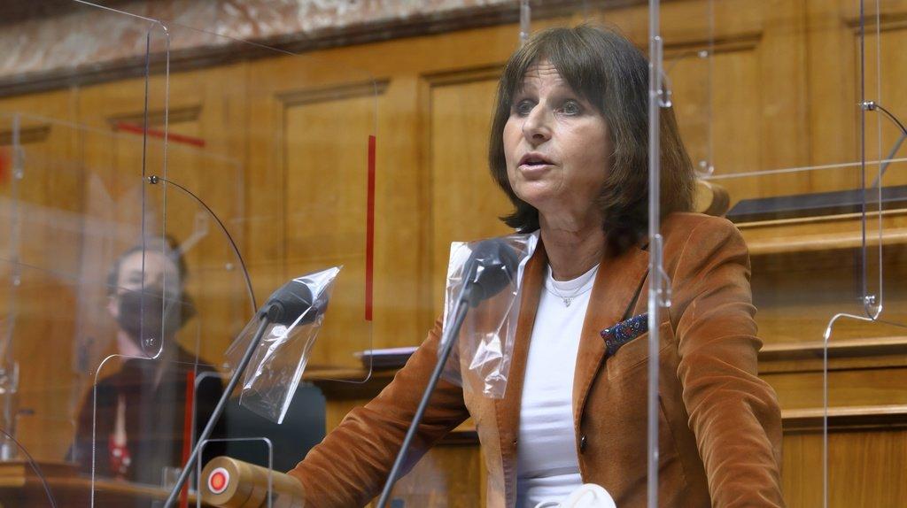 Selon la conseillère nationale fribourgeoise Christine Bulliard-Marbach (Centre), le financement de  l'assurance ne grèverait pas le budget public.