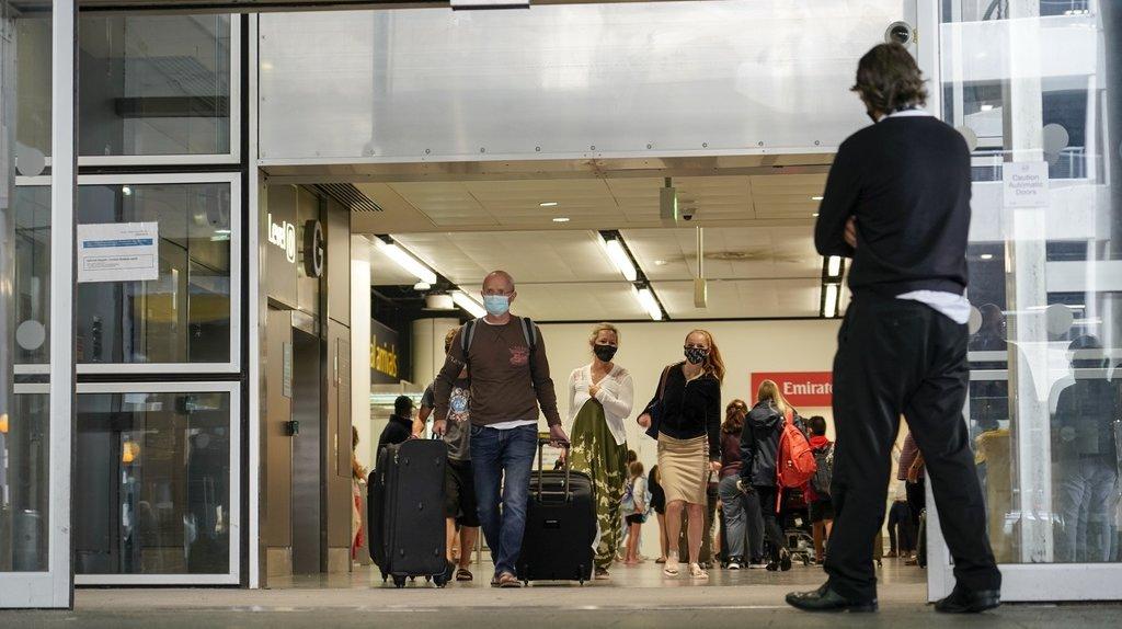 Coronavirus: les voyageurs vaccinés à destination de l'Angleterre n'auront plus besoin de faire un test