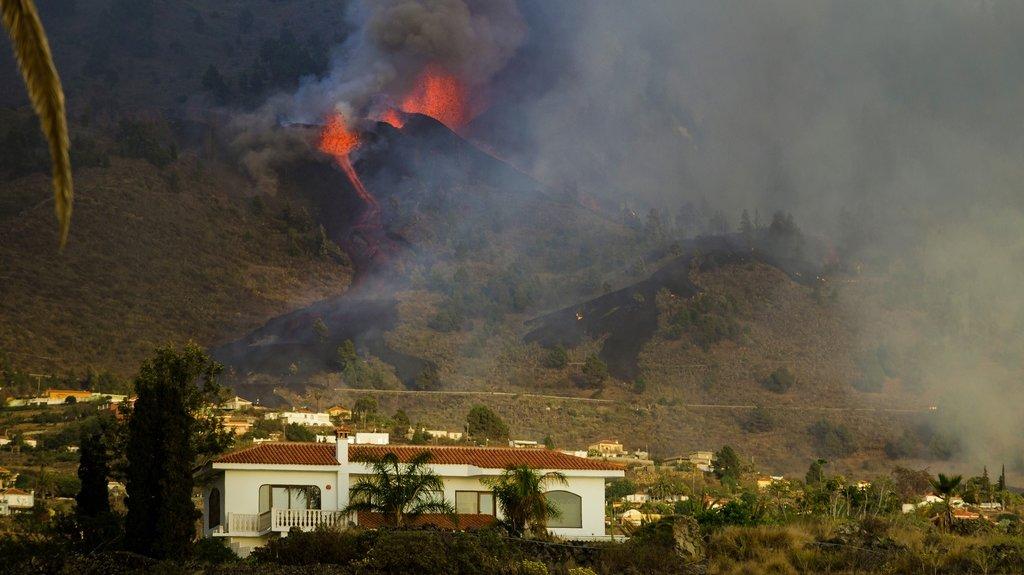 Eruption volcanique dans l'archipel des Canaries