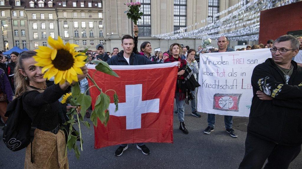 Coronavirus: centaines d'opposants aux mesures de lutte contre le Covid à Berne