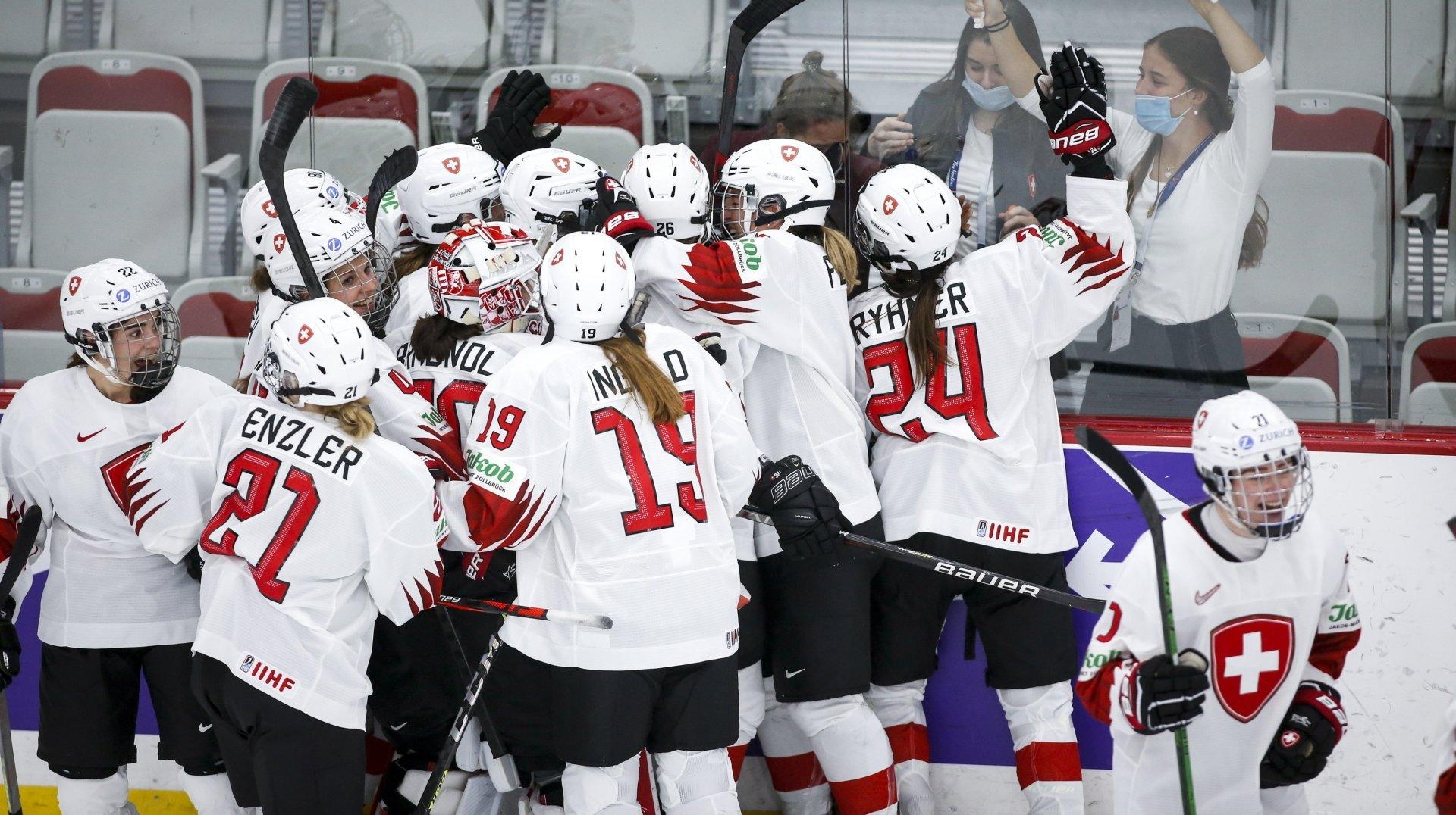 Hockey sur glace - Mondial dames: les Suissesses qualifiées et héroïques contre les Russes