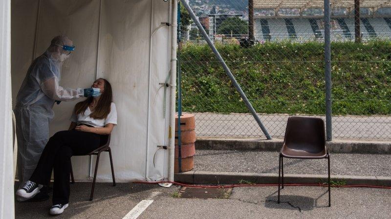 Coronavirus: une majorité des partis soutient la gratuité des tests