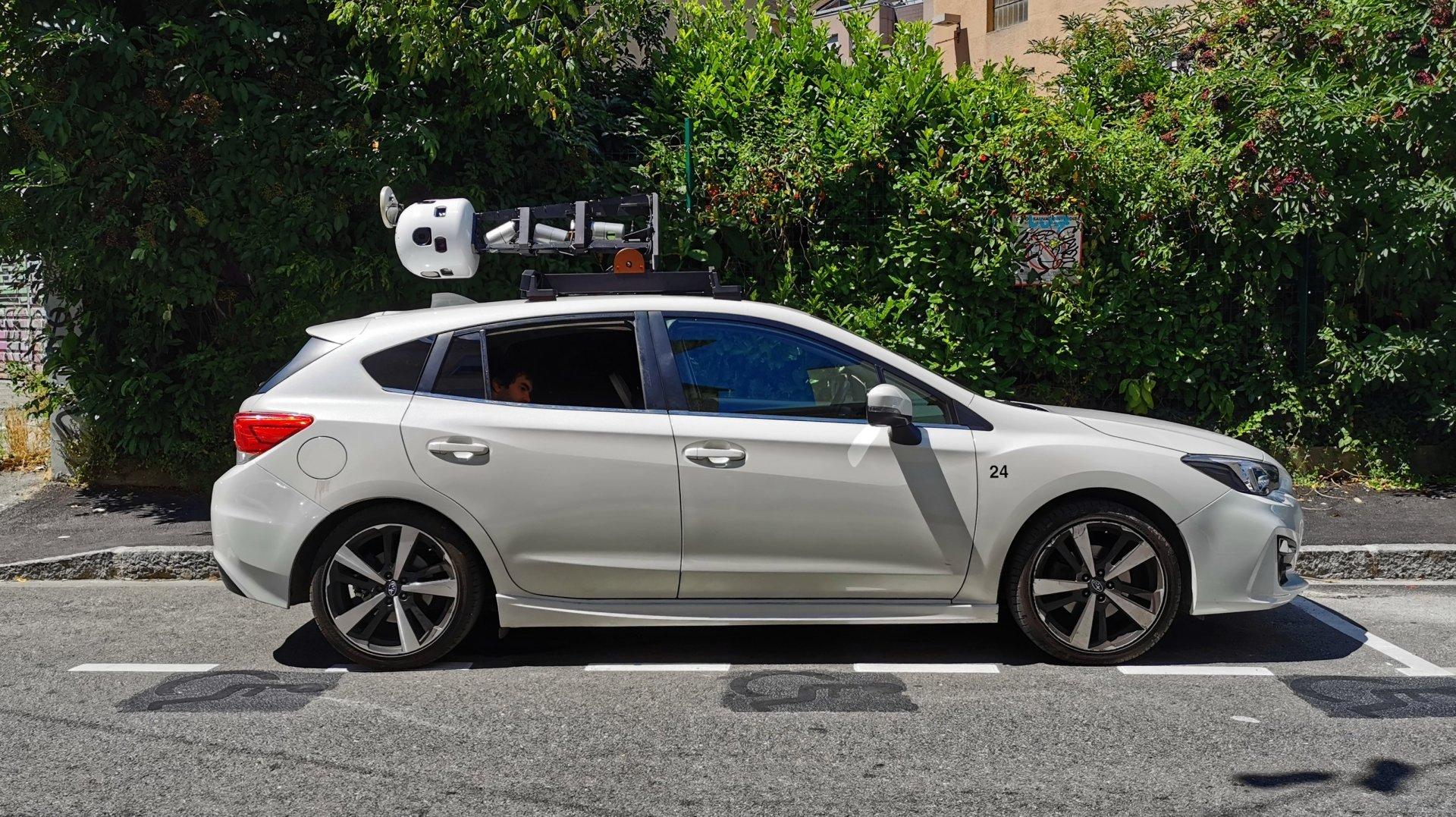 Canton de Neuchâtel: souriez, vous êtes filmés par deux voitures «Apple Maps»