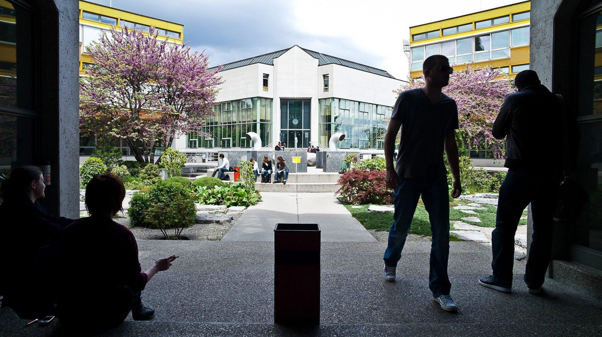 Université de Neuchâtel: une erreur de communication sème le trouble à la faculté des lettres