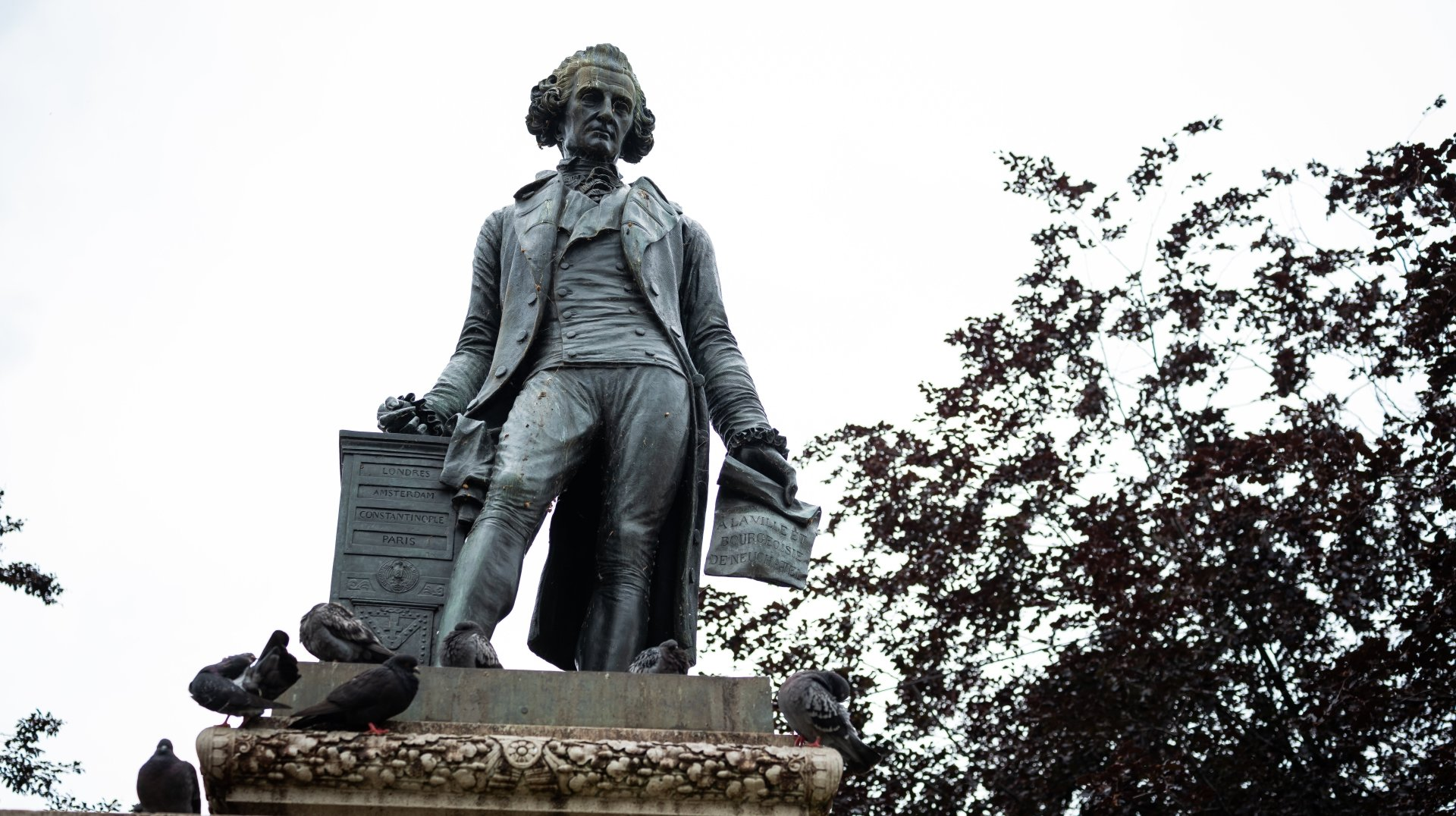 La statue de David de Pury a le sort qu'elle mérite