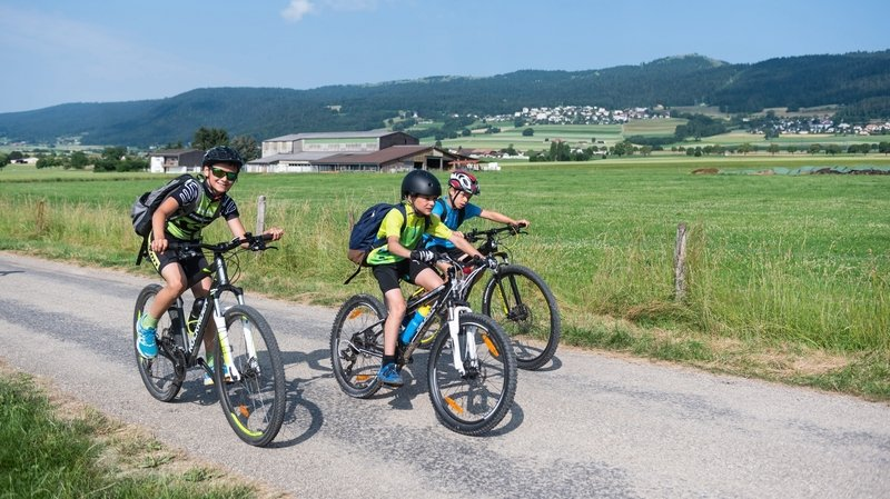Val-de-Ruz: ce jeudi 2300 élèves parcourent 35000km