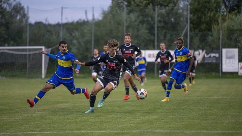 Football: attrayant, Coffrane croque Guin
