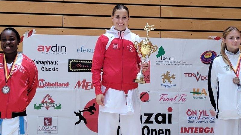 Leana Pirazzi (au centre) a décroché la première place dans sa catégorie.