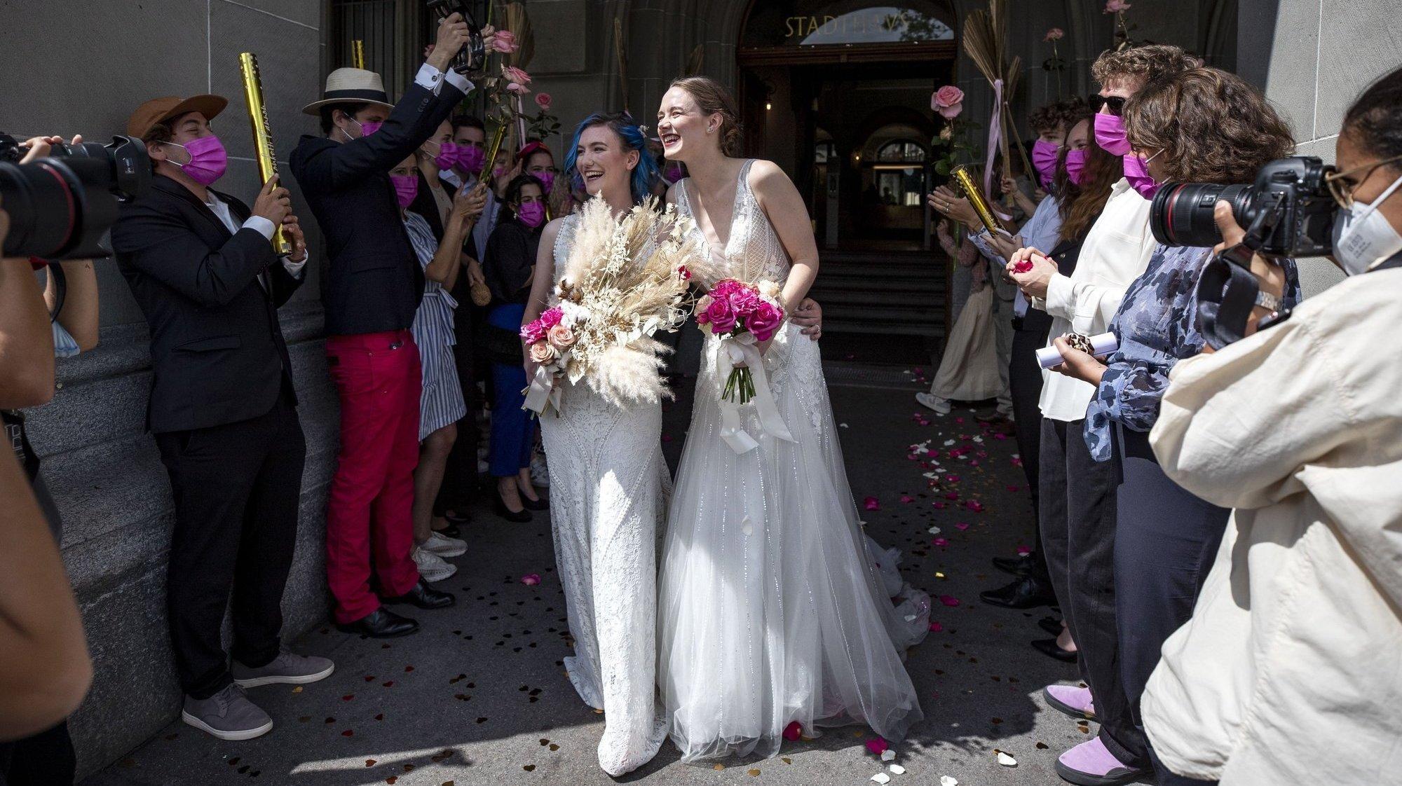 Libre opinion: mariage pour tous et initiative 99%, nos lecteurs réagissent
