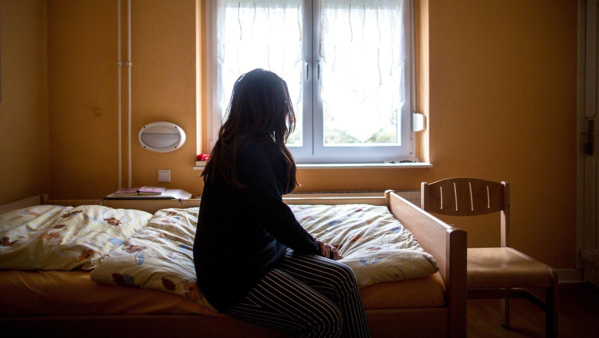 Femmes battues, Qatar, W.-C., antennes, que dit-on outre-Sarine?