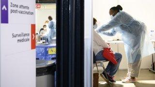 Covid: huit Neuchâtelois majeurs sur dix sont immunisés