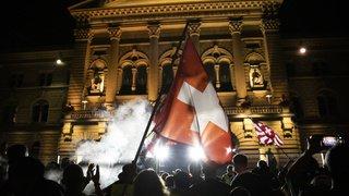 Coronavirus: les Freiheitstrychler critiquent les violences et la police