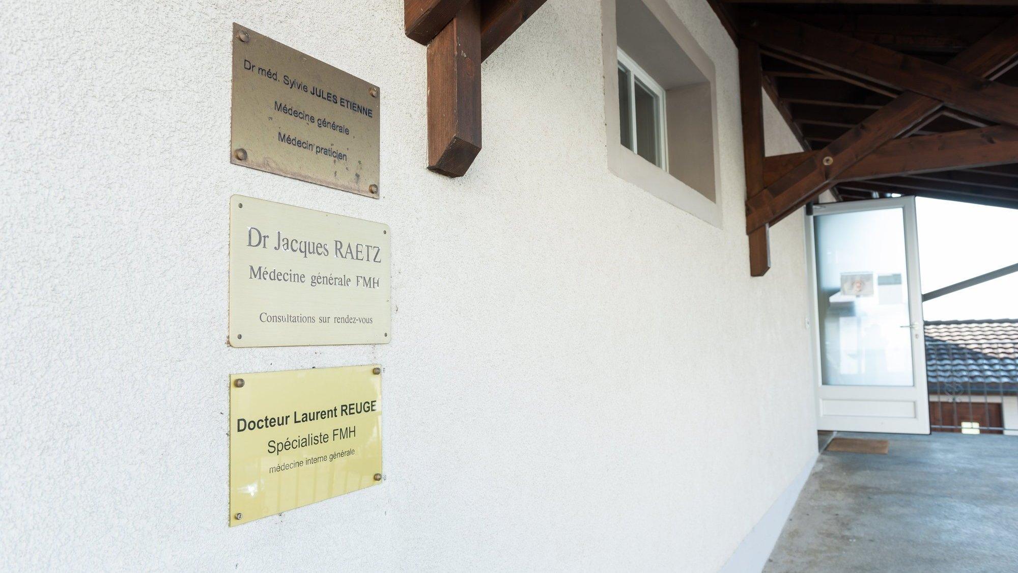Deux généralistes en moins à Cernier: «C'est difficile d'encourager les jeunes médecins à s'installer au Val-de-Ruz»