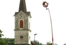 En 2006, Lajoux se déchire autour d'un «bec»