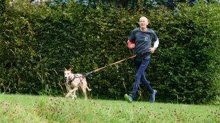 La Chaux-de-Fonds: Daniel Koch aux Family Games avec sa chienne Bundji