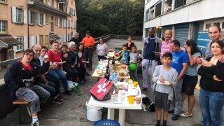 Neuchâtel: la Fête des voisins rencontre un grand succès