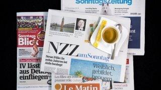 Revue de presse: hôpitaux saturés, journée nationale de vaccination, risque terroriste en Suisse,… les titres de ce dimanche