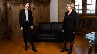 Florence Nater et Crystel Graf affichent leur complicité de nouvelles ministres neuchâteloises