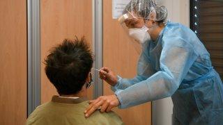 Neuchâtel: la Haute Ecole Arc propose des tests antigéniques à ses étudiants
