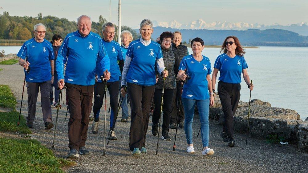 Les marcheurs nordiques du club d'Hauterive en pleine action.