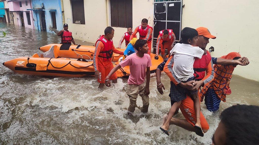 Inondations et glissements de terrain en Inde: le bilan s'alourdit à plus de 40 morts