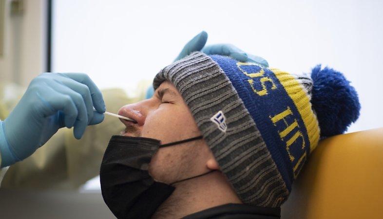 Coronavirus: les Suisses de 16 ans et plus devront payer leurs tests dès lundi