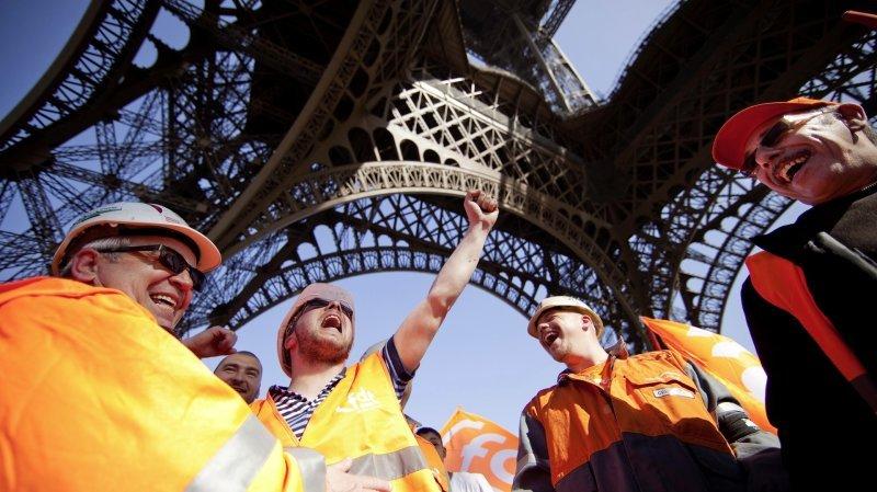 Pourquoi la flambée des prix de l'essence et de l'énergie fait peur à la France