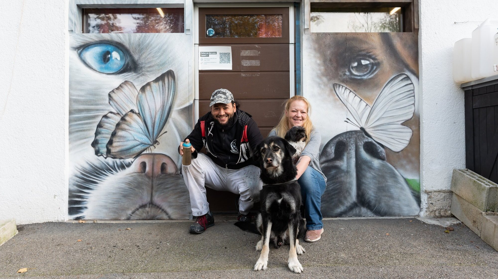 L'artiste Soy appose sa patte sur le refuge des Brenets