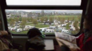 Camping-car, loi Covid, monde digital, show aérien, que dit-on outre-Sarine?