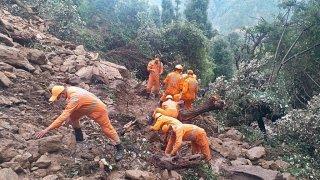 Inondations et glissements de terrain: près de 200 morts en Inde et au Népal
