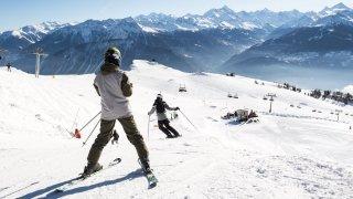 Covid-19: les écoles neuchâteloises croient aux camps de ski