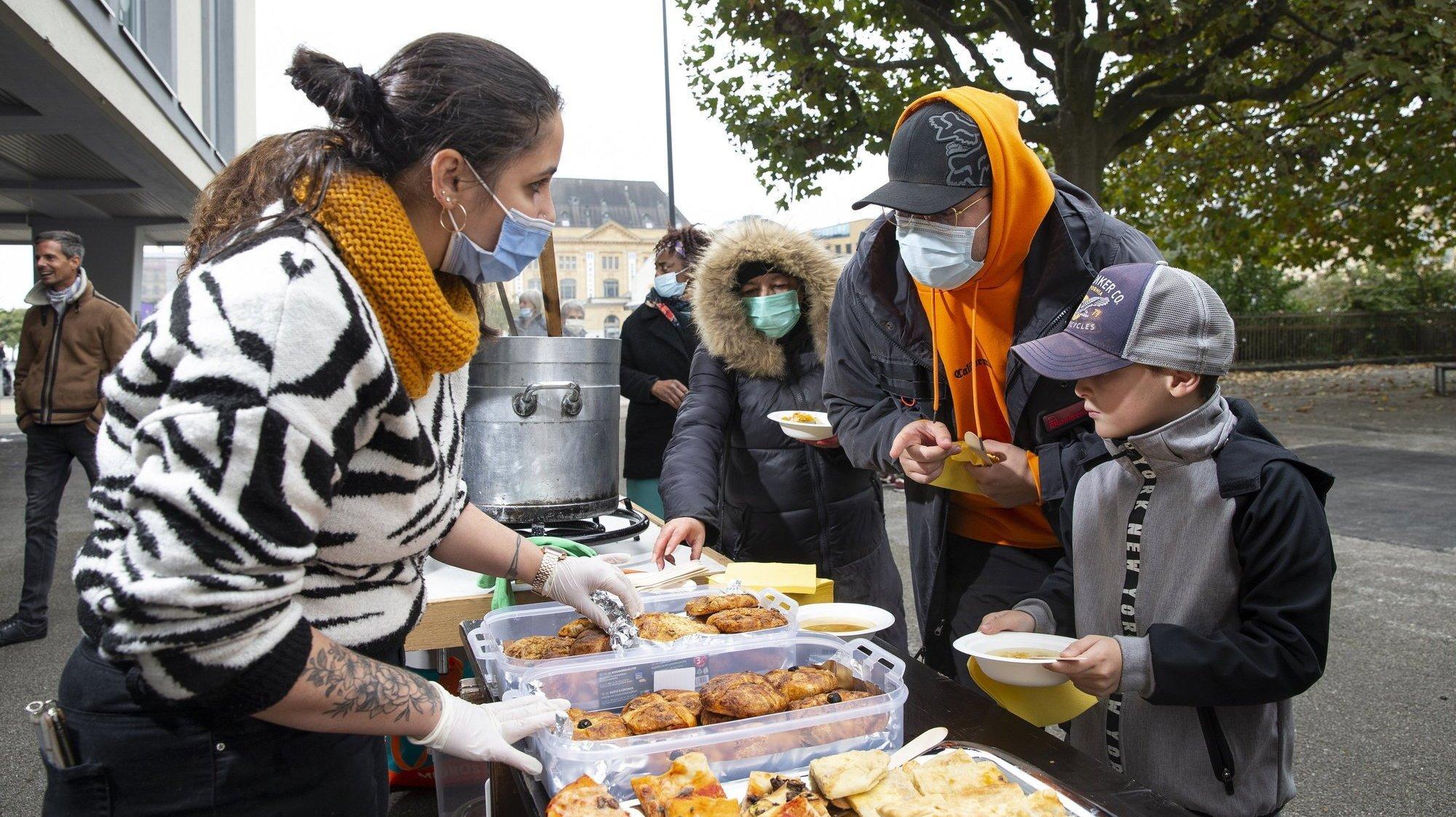 «Soupe au caillou»: le lien entre misère et écologie