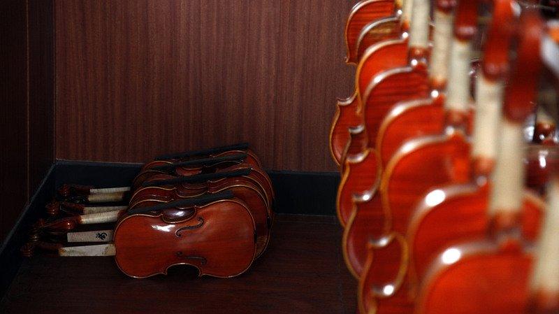 Japon: elle détruit les 54 violons et 70 archets de son ex-mari