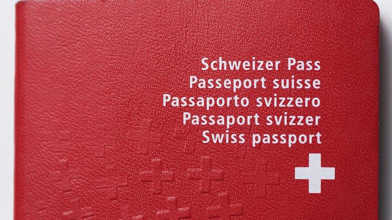 Argovie: elle répond que le ski est un sport typiquement suisse, on refuse de lui accorder le passeport suisse