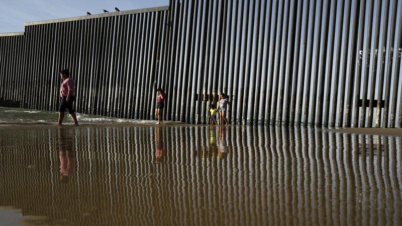 Californie: 8 migrants retrouvés morts dans la remorque d'un camion à San Diego