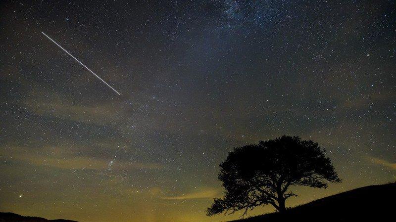 Astronomie: la Lune pourrait gâcher la pluie d'étoiles filantes