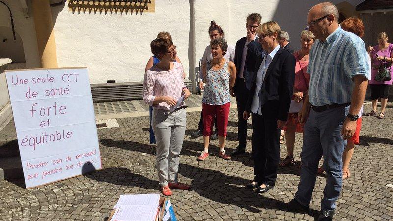 Canton de Neuchâtel: près de 7000 signatures pour sauver la CCT Santé 21