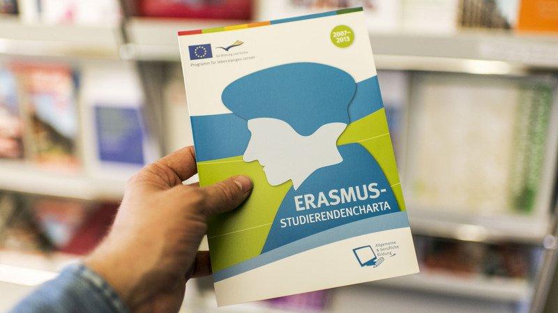 Echange d'étudiants: une pétition de 10'000 signatures pour réintégrer Erasmus