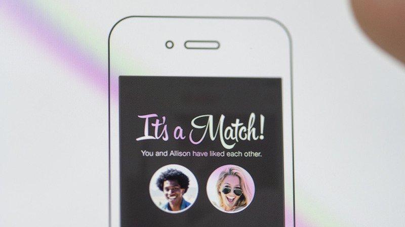 """Tinder: les utilisateurs peuvent désormais voir qui a """"aimé"""" leur profil avant de swiper"""