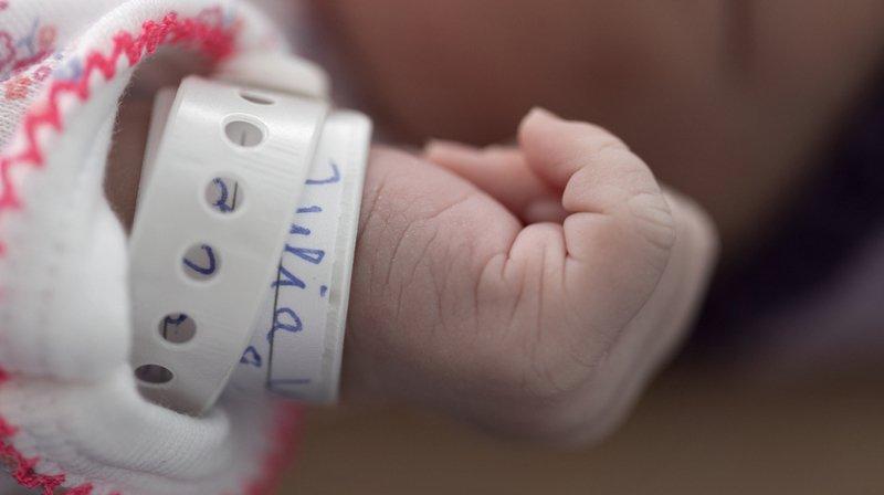 Sexe masculin ou féminin: simplifier le changement d'inscription sur l'acte de naissance