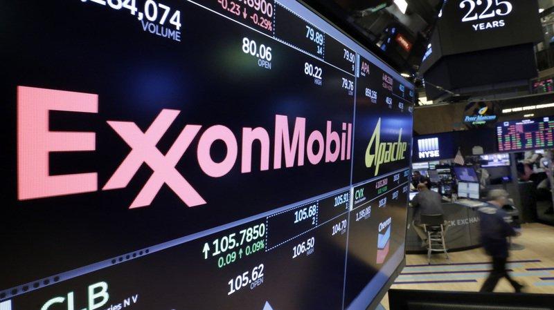 ExxonMobil accusé de savoir depuis les années 1980 que l'homme était au cœur du changement climatique, Tillerson dément