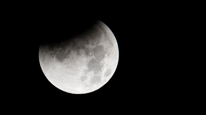 """A peu près 25% du disque lunaire sera invisible. On distinguera alors une Lune """"voilée""""."""