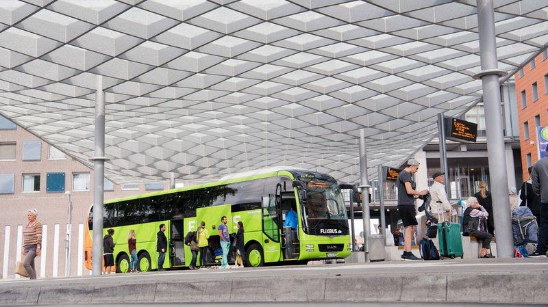 Les Suisses optent de plus en plus pour le bus longue distance pour leurs voyages