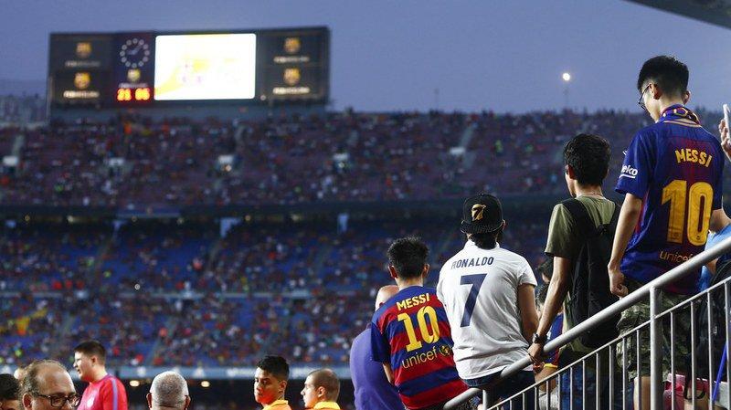 Attentats de Barcelone: une minute de silence pour les victimes dans le stade du Camp Nou