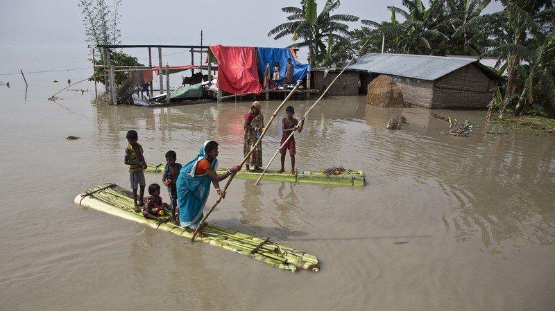Inondations en Inde, Népal et Bangladesh: le bilan s'alourdit à plus de 220 morts