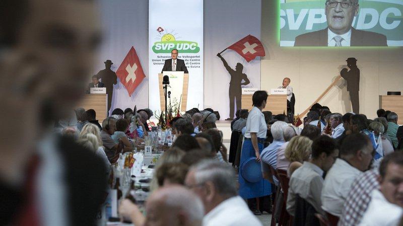 Le président de l'UDC Albert Rösti veut que les islamistes soient expulsés ou internés