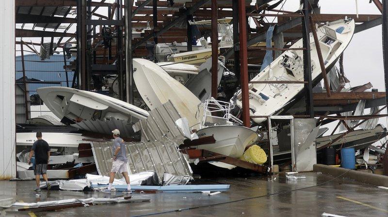 """Etats-Unis: l'ouragan Harvey fait au moins trois morts, ce serait le pire """"jamais vu"""""""