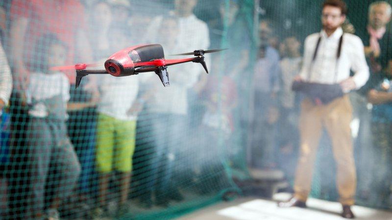 A l'EPFL, les Suisses ont pu montré leur matériel volant à l'occasion des Drones Days.