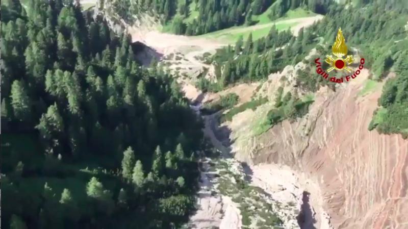 Météo: une violente tempête cause la mort de trois personnes dans le nord de l'Italie